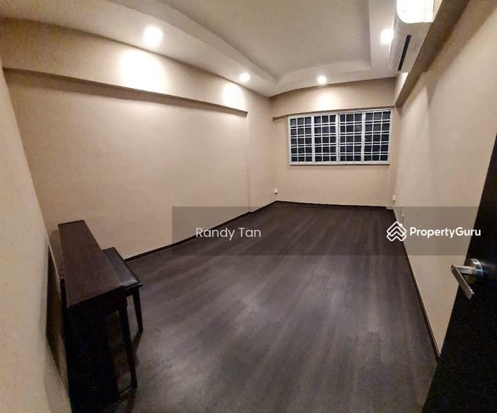 102 Hougang Avenue 1 #130925480
