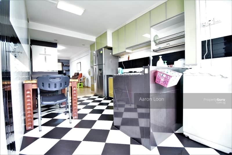 180 Bukit Batok West Avenue 8 #130933020