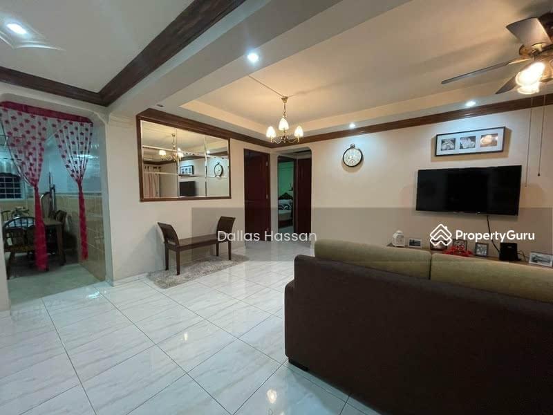 414 Pandan Gardens #131089054