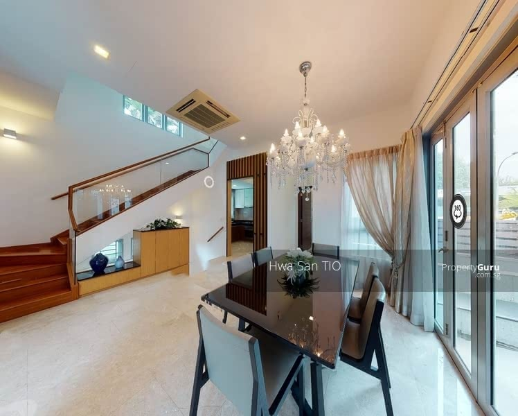 ❤️Strata Bungalows! ⭐Rare ⭐Freehold ⭐Renovated ⭐2.5 storey ⭐private pool ⭐Porch for 2 cars #131118010