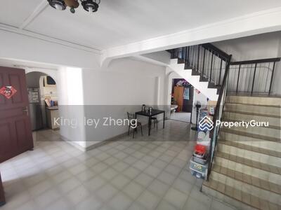 For Sale - 223 Bukit Batok East Avenue 3