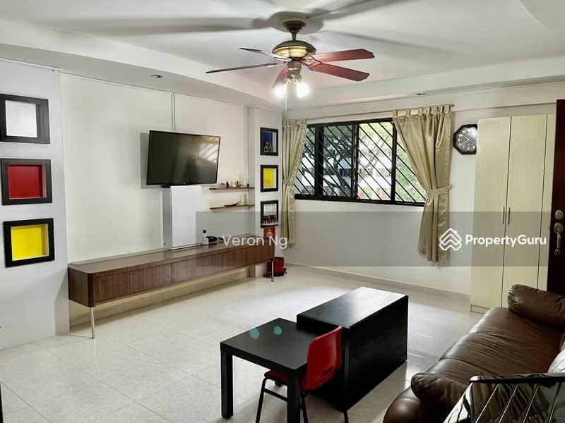For Sale - 547 Ang Mo Kio Avenue 10