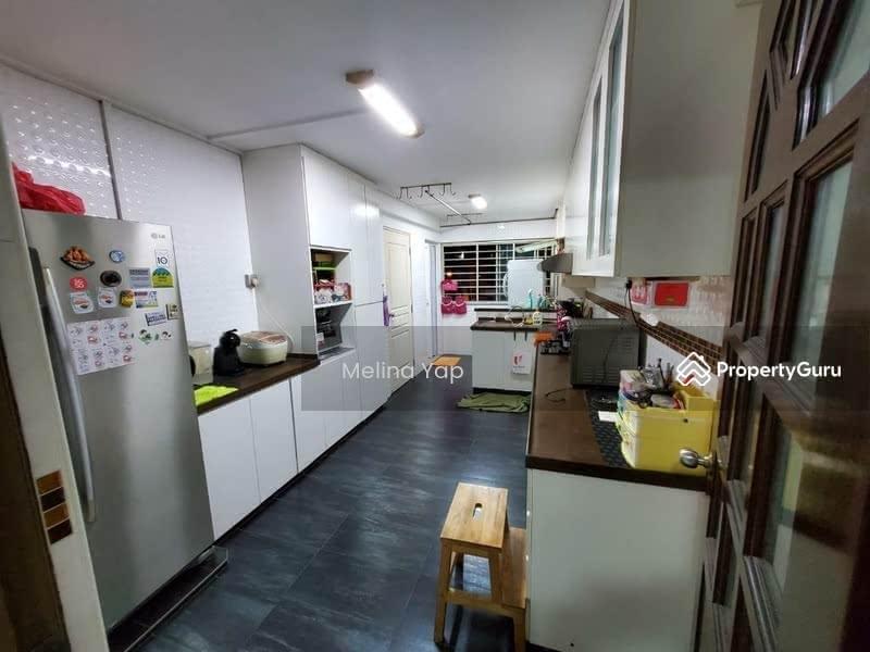 664 Yishun Avenue 4 #131381492