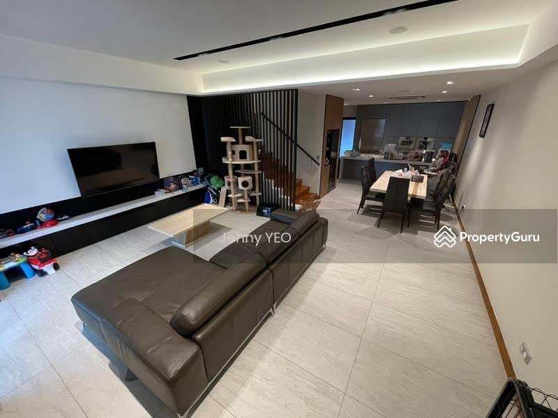 Mera Terrace #131444598