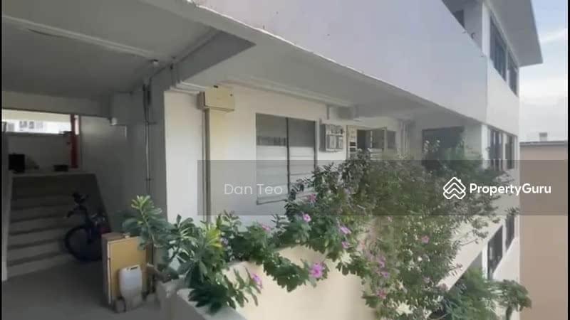 1 Hougang Avenue 3 #131777008