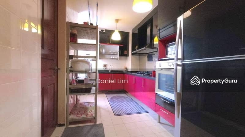 678C Jurong West Street 64 #131512124
