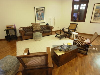 For Rent - Tembeling Shophouse 3+2 With Huge Bedrooms
