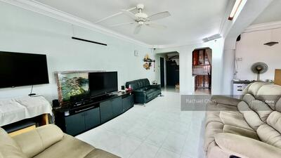 For Sale - 311 Tampines Street 33