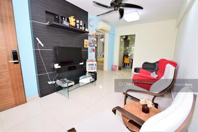 For Sale - 214 Serangoon Avenue 4