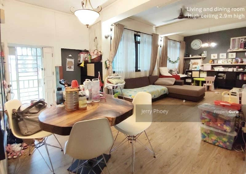 For Sale - 352 Kang Ching Road