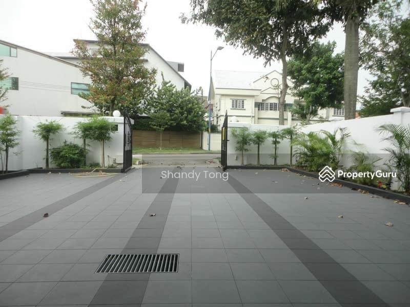 Serangoon Garden Way #33644208