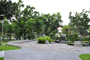 701 Hougang Avenue 2