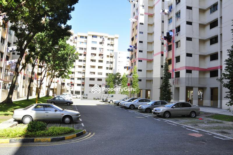 707 Hougang Avenue 2 #0