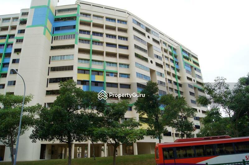 302 Hougang Avenue 5 #0