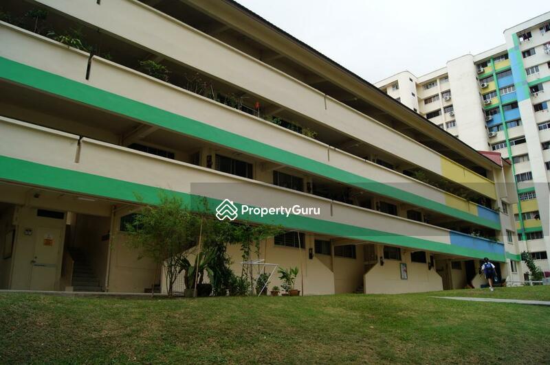 303 Hougang Avenue 5 #0