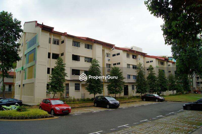 305 Hougang Avenue 5 #0