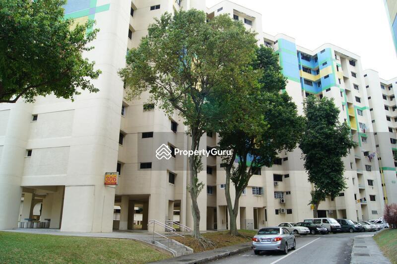 306 Hougang Avenue 5 #0