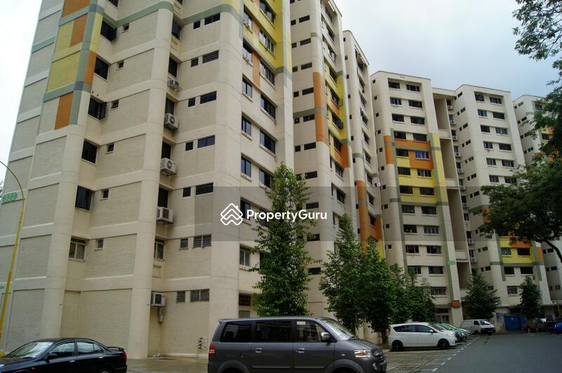 322 Hougang Avenue 5 #0