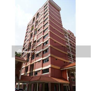 446 Hougang Avenue 8