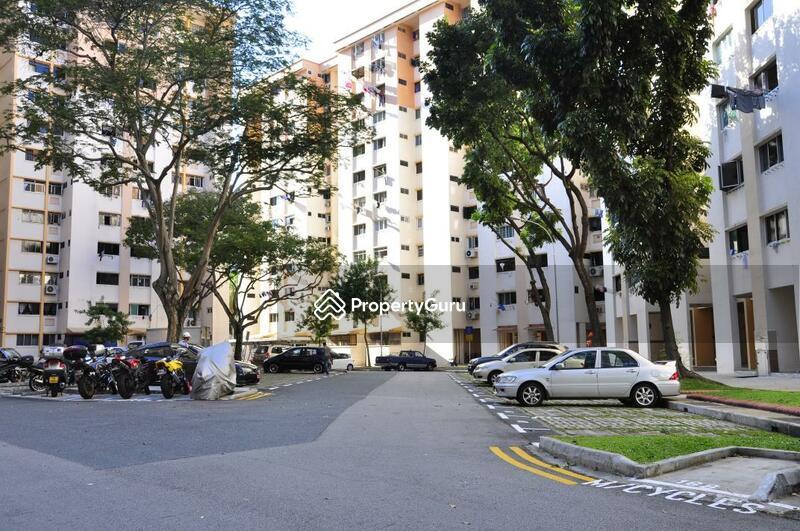 617 Hougang Avenue 8 #0