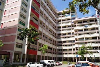 634 Hougang Avenue 8
