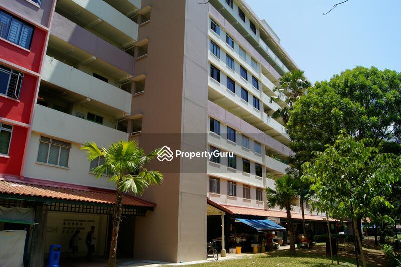 644 Hougang Avenue 8 #0