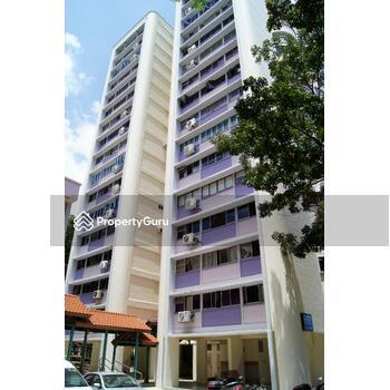 657 Hougang Avenue 8