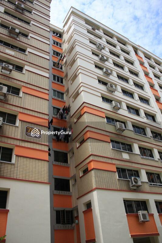 705 Jurong West Street 71 #0