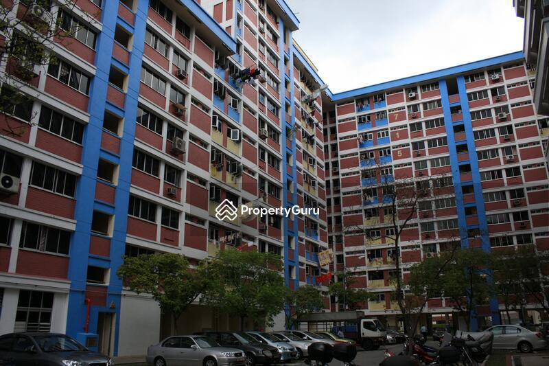 715 Jurong West Street 71 #0