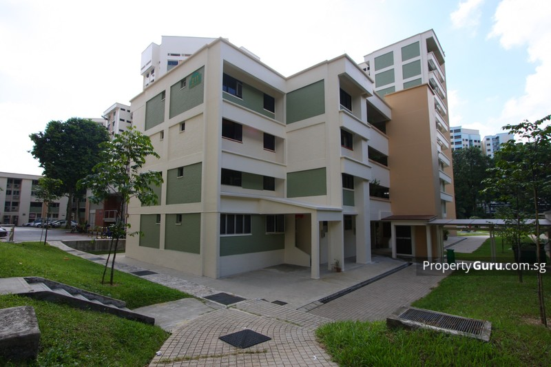 211 Serangoon Avenue 4 #0