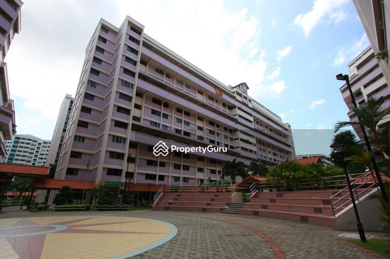 228 Serangoon Avenue 4 #0