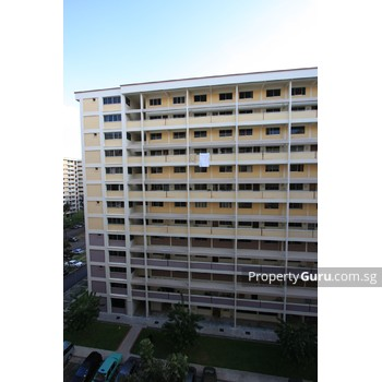 423 Serangoon Central