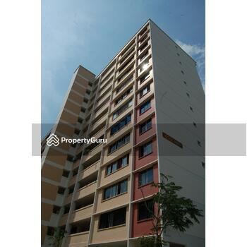 832 Tampines Street 82