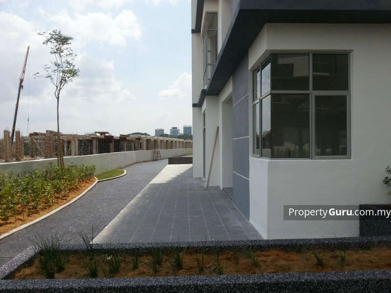 LakeView Residency @ Cyber Heights Villa #0