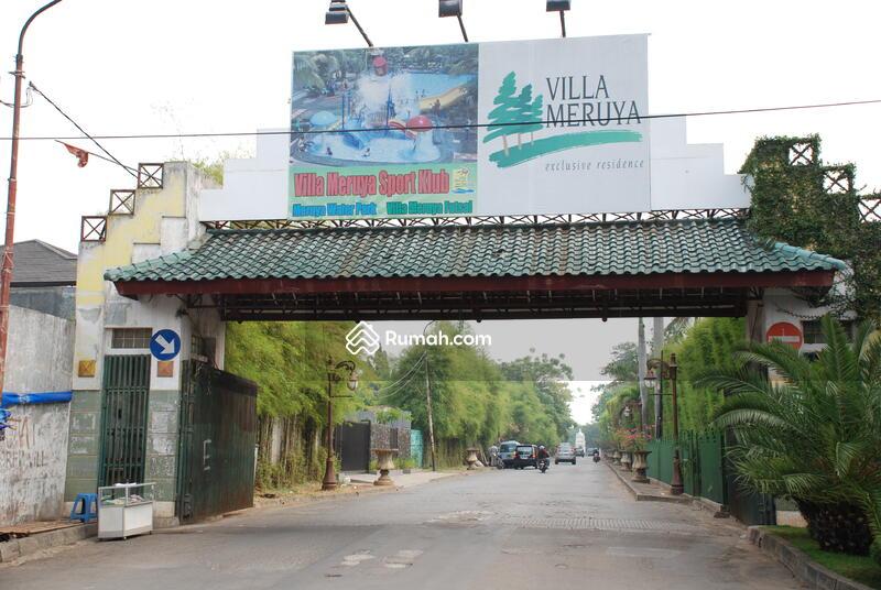 Villa Meruya #0