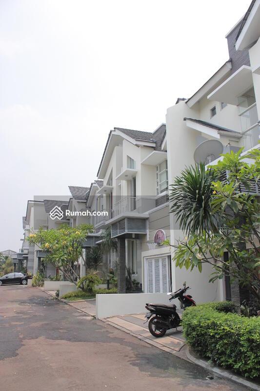 Mata Air Pertani Residence #0