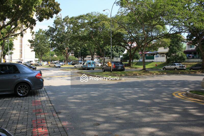 114 Ang Mo Kio Avenue 4 #0