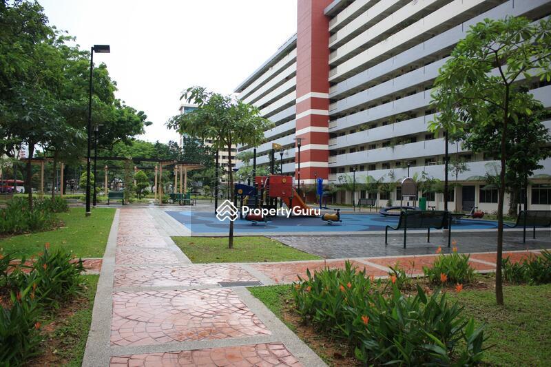 641 Ang Mo Kio Avenue 4 #0