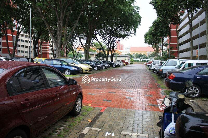 648 Ang Mo Kio Avenue 5 #0
