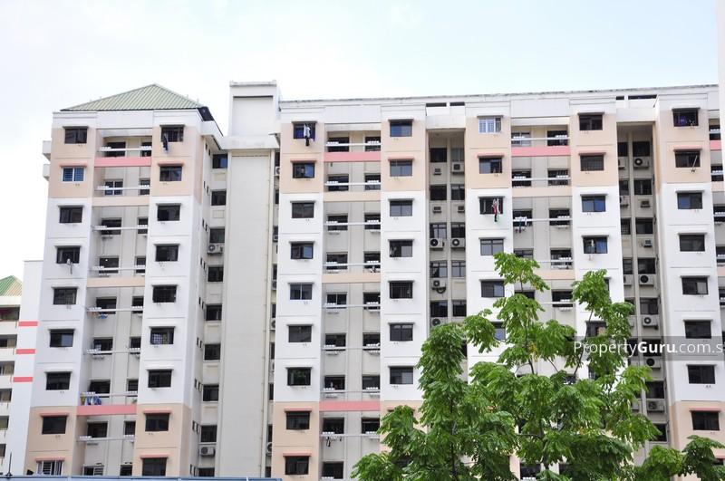 17 Hougang Avenue 3 #3812306